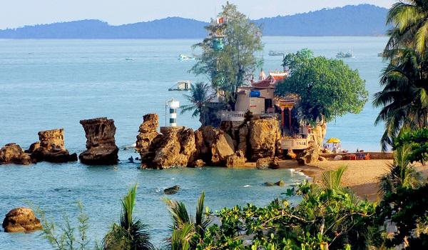 Tham quan biểu tượng văn hóa và tín ngưỡng của đảo Phú Quốc