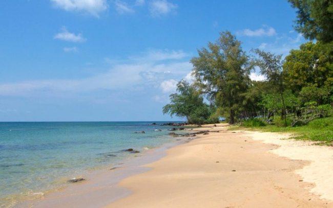 Bãi Ông Lang nằm ở phía Bắc đảo Phú Quốc