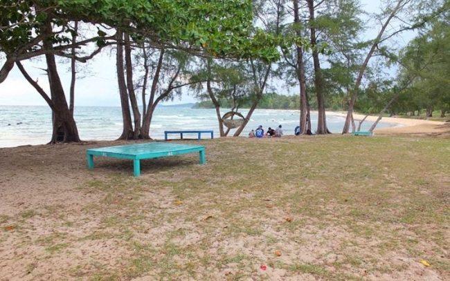 Chỗ ngồi lý tưởng tại Bãi Ông Lang