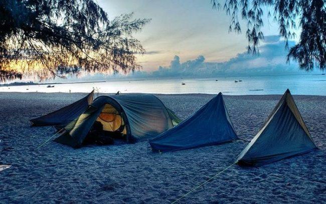 Cắm trại tại Bãi Dài