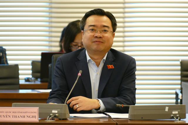 Ông Nghị thừa nhận sự tác động môi trường ở một số khu vực của Phú Quốc đang ở mức độ đáng quan ngại