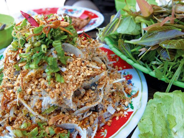 Gỏi cá trích Phú Quốc - Món đặc sản không nên bỏ qua