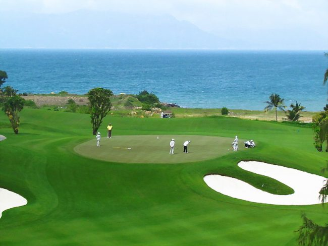 Cận cảnh sân Golf đẳng cấp quốc tế tại Vinpearl Phú Quốc