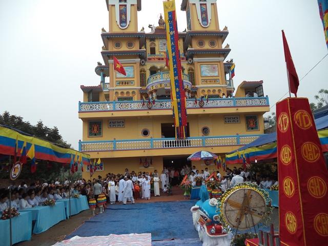 Lễ hội tại thánh Thất Cao Đài Phú Quốc